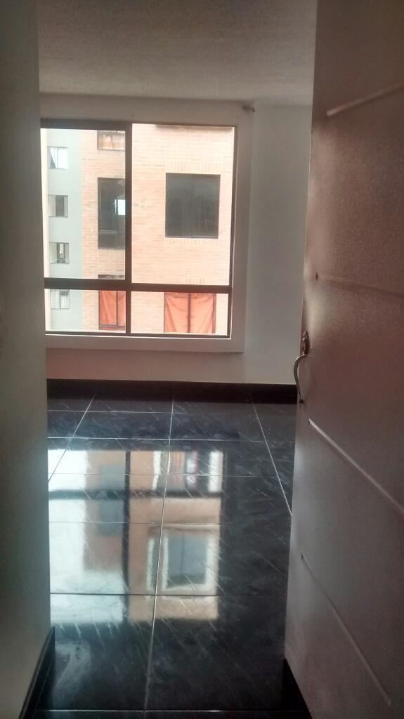 Arriendo apartamento en Ciudad Verde Soacha Urbanizacion Pomelo, cuarto piso. Bonito