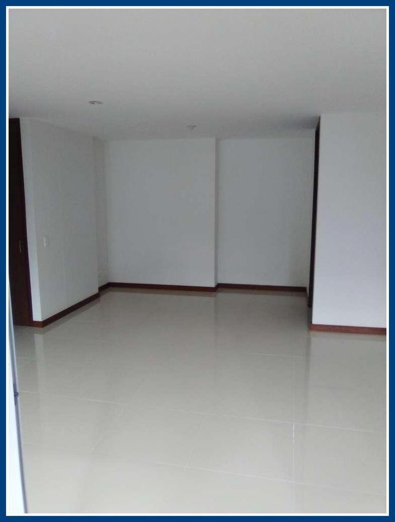 Apartamento en Arriendo  Codigo: 362611
