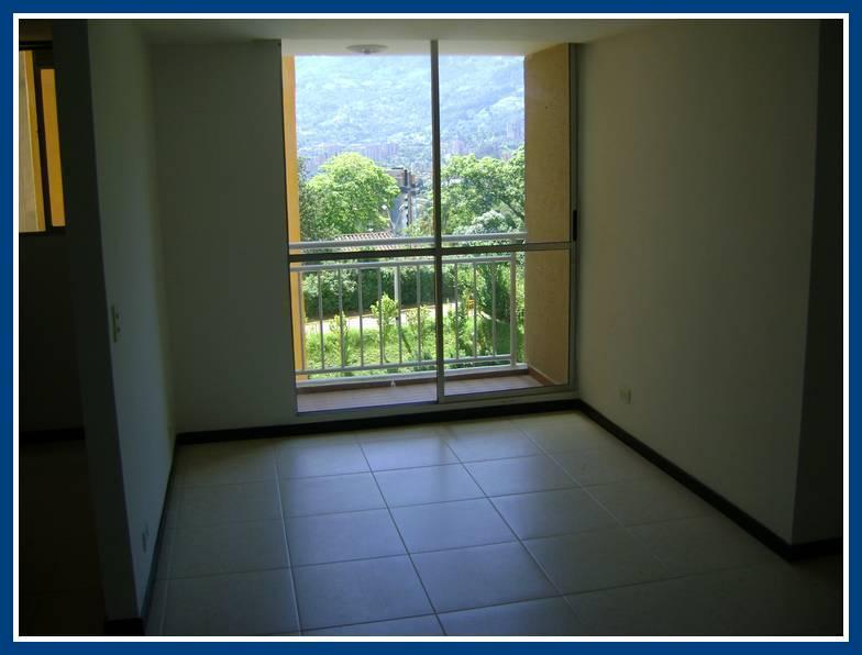 Apartamento en Arriendo  Codigo: 129557