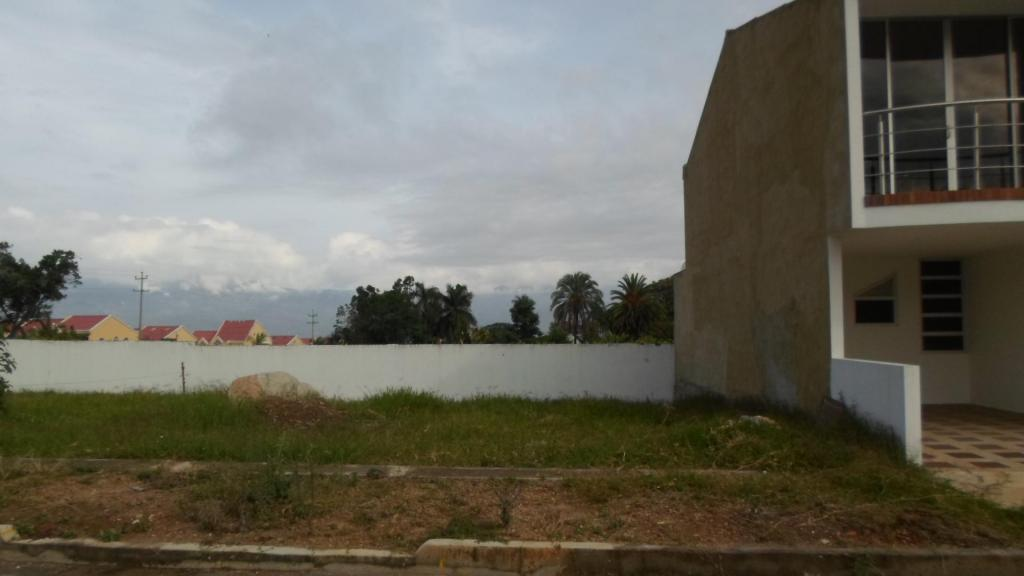 LOTE PLANO EN VENTA LISTO PARA CONSTRUIR VIVIENDA BIFAMILIAR, BARATO EN FUSAGASUGÁ, GANGA