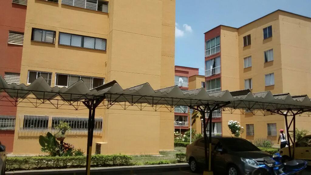 Apartamento en quinto piso sin ascensor,en Meléndez