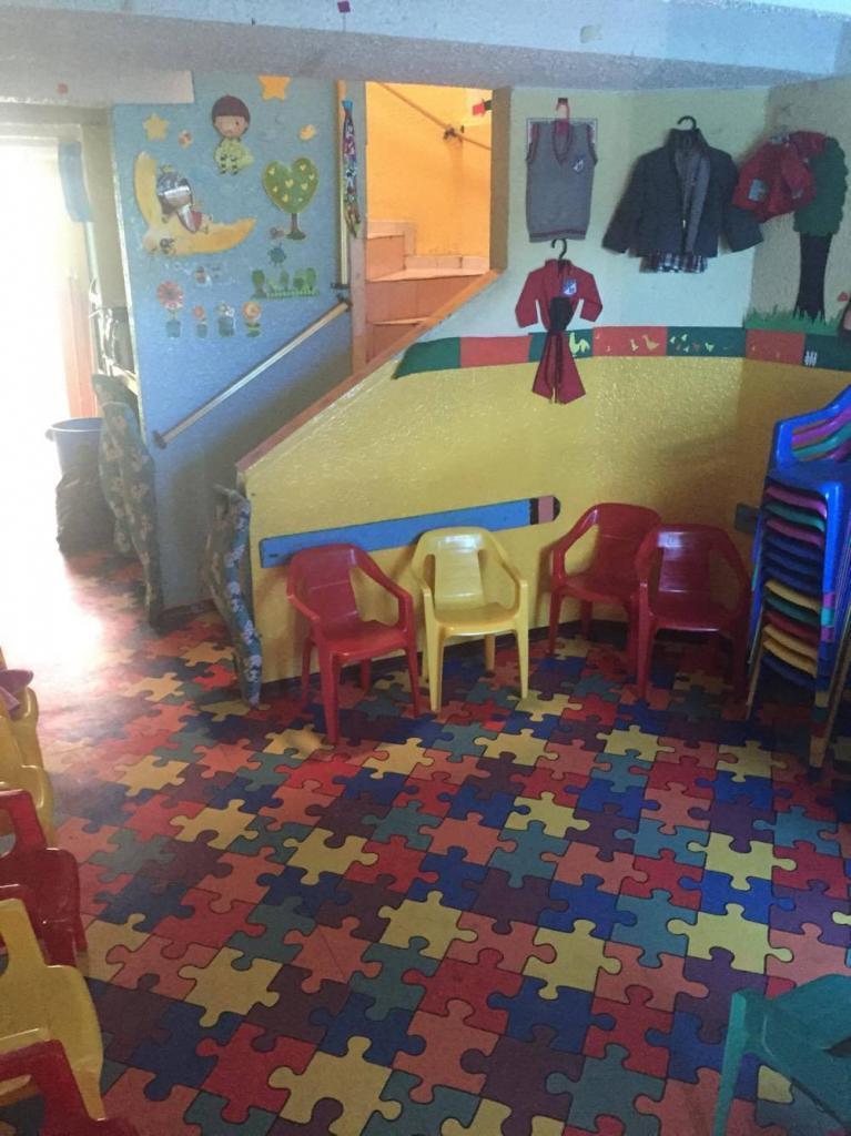 Ganga se vende jardín infantil para trasladar o con casa