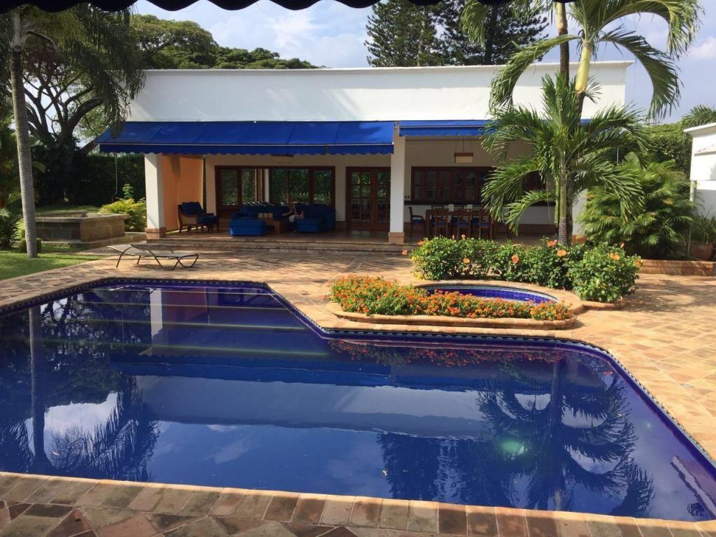 Casa eventos ciudad jardin cali brick7 propiedad for Casa en ciudad jardin