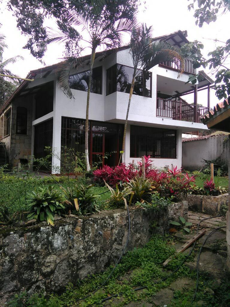 Magnifica Casa Quinta