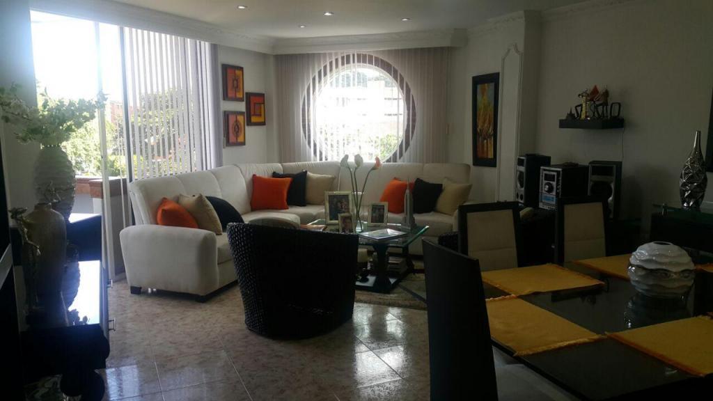 Espectacular apartamento con excelente vista en exclusivo sector Caudal alto