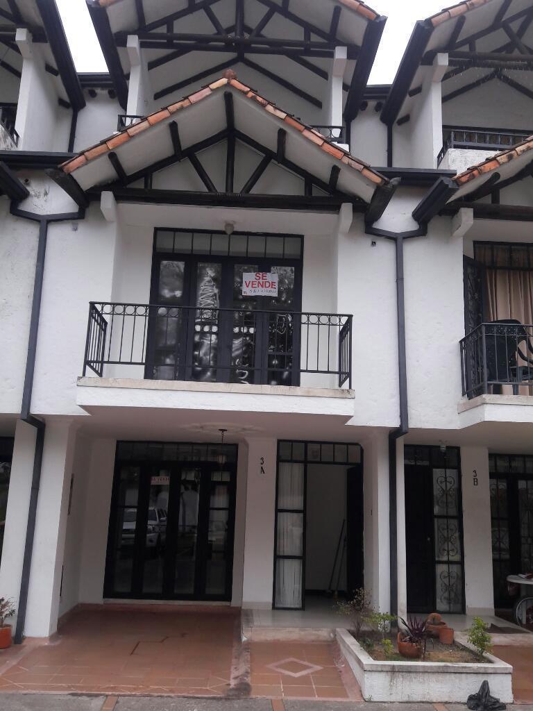 Se Vende Casa en Condominio Pacande