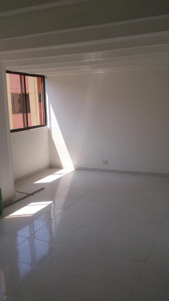 Cod. ABAYS339 Apartamento En Arriendo En  Napoles