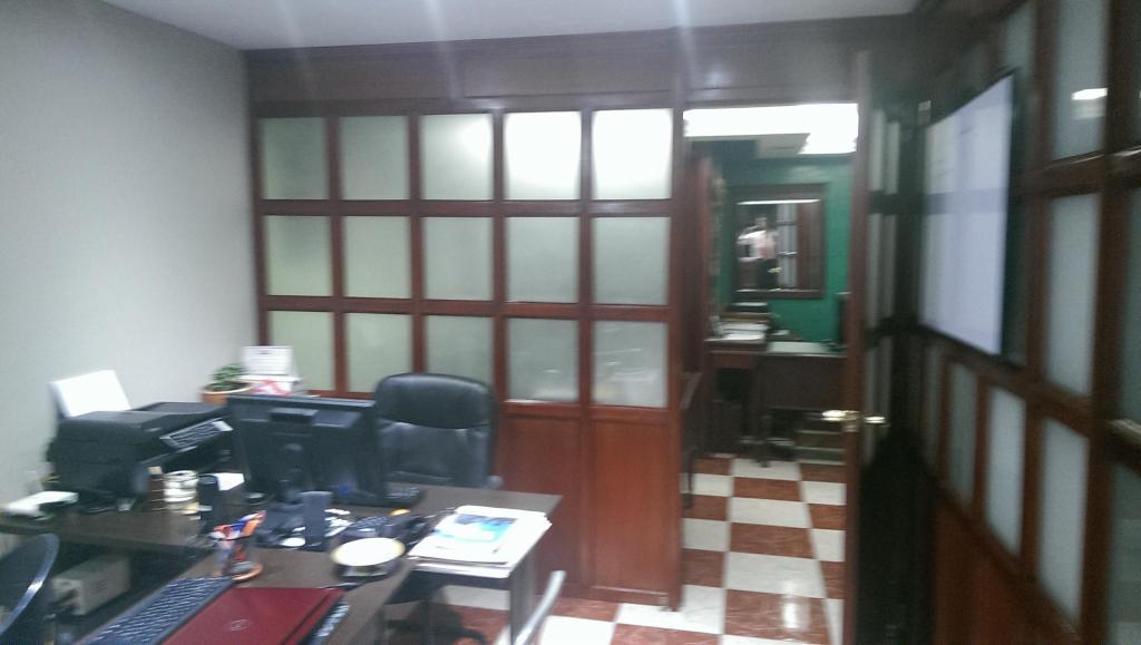 Arriendo modulo de oficina exclusiva en la calle 19 carrera 5