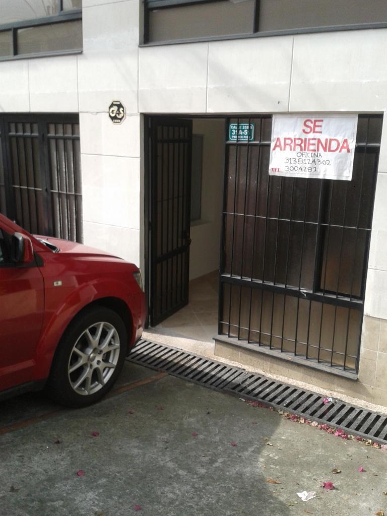 ARRIENDO OFICINA CALLE 26 CRA 30
